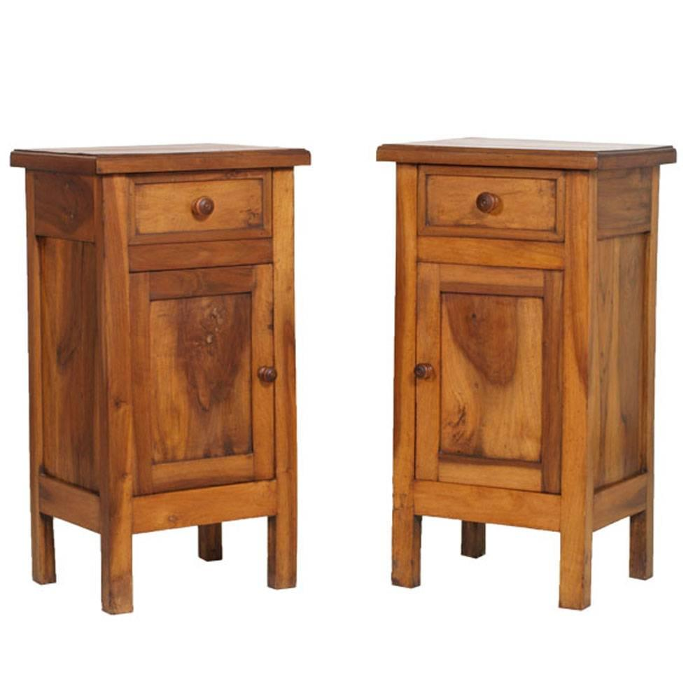 Italian country Nightstand early 20th Century, Solid blond Walnut, wax Polished