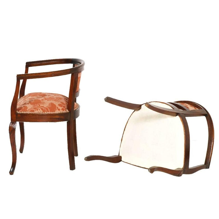 1900s Italy Pair of Bedroom Armchairs Art Nouveau with Stool Hand-Carved Walnut For Sale 2