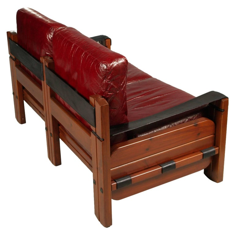 Italian 1960s Leaving Room Set, Sofa & Armchairs in leather by Afra & Tobia Scarpa For Sale