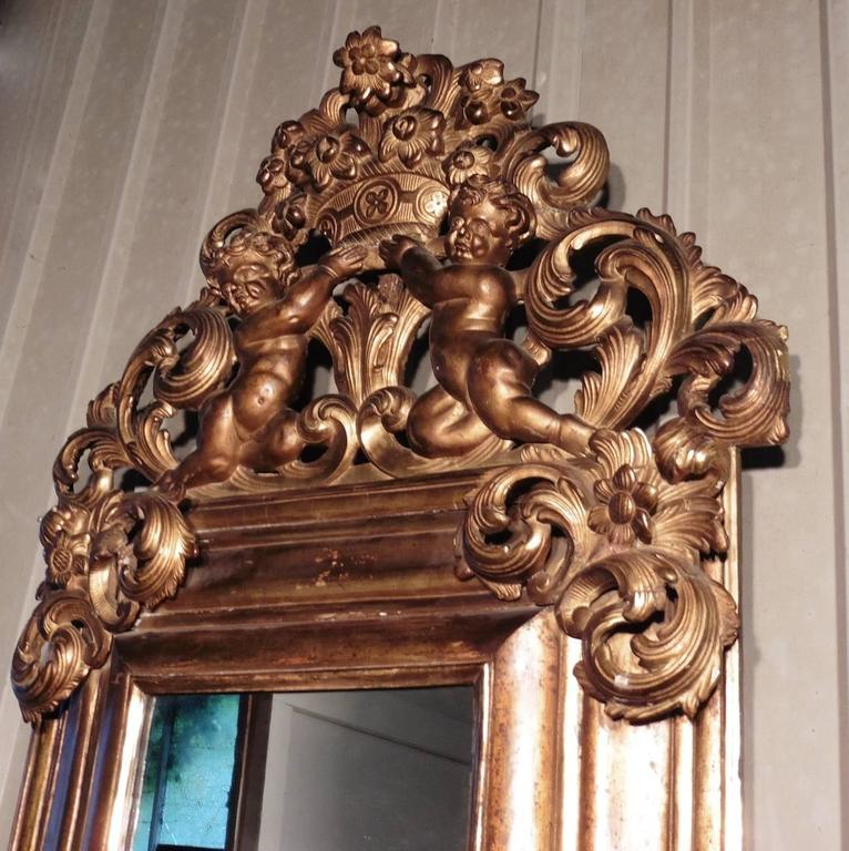 Regency Large 18th Century Carved English Giltwood Mirror For Sale