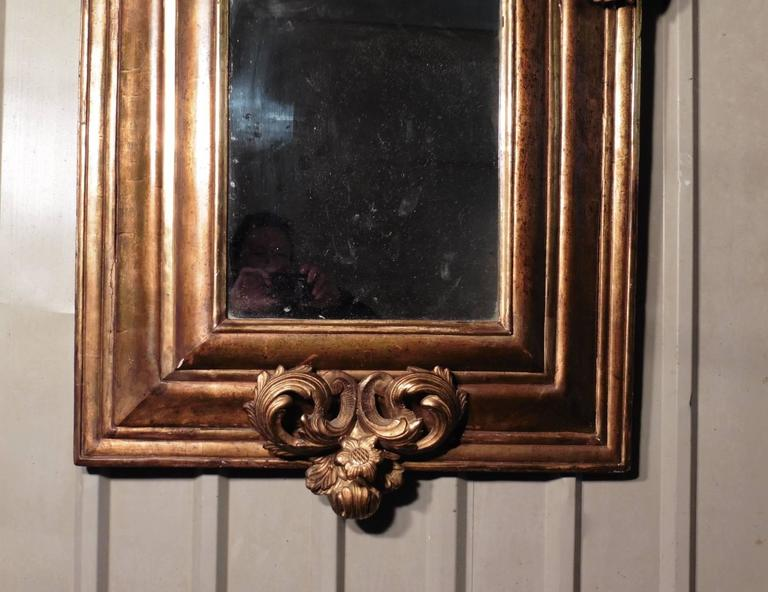 Large 18th Century Carved English Giltwood Mirror For Sale 2