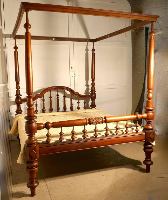 Teak Colonial Raj Four Poster Bed, Anglo Indian Carved Four Poster Large Double Bed For Sale