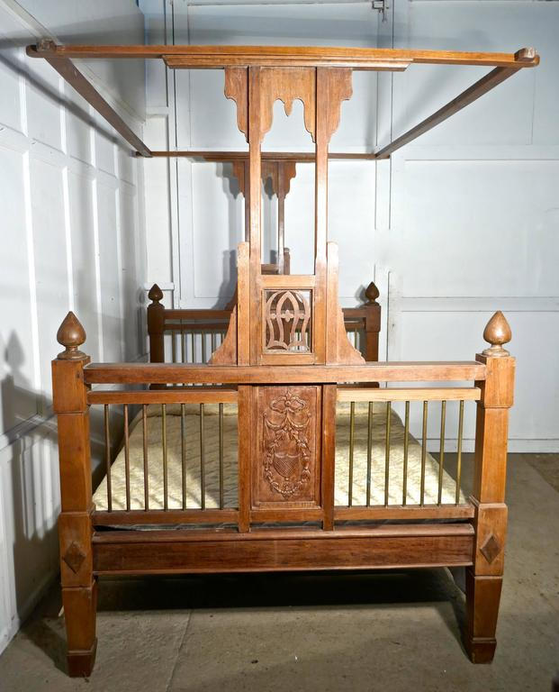 Hand-Crafted Colonial Style Antique Four Poster Double Bed, 19th Century Raj Bed For Sale
