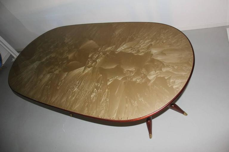 Elegant Oval Dining Table Mid-Century Italian Design For Sale 4