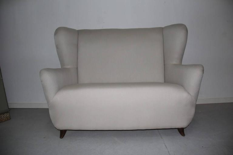 Italian Elegant Small Sofa Guglielmo Ulrich Attributed For Sale