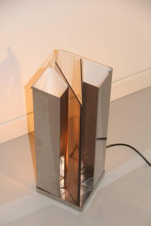 Sculpture minimalist table lamp attributed to new lamp for Minimal art 1970