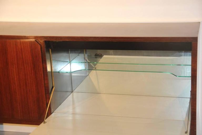Mid-Century Modern Elegant Sideboard Italian Mid-Century Design For Sale
