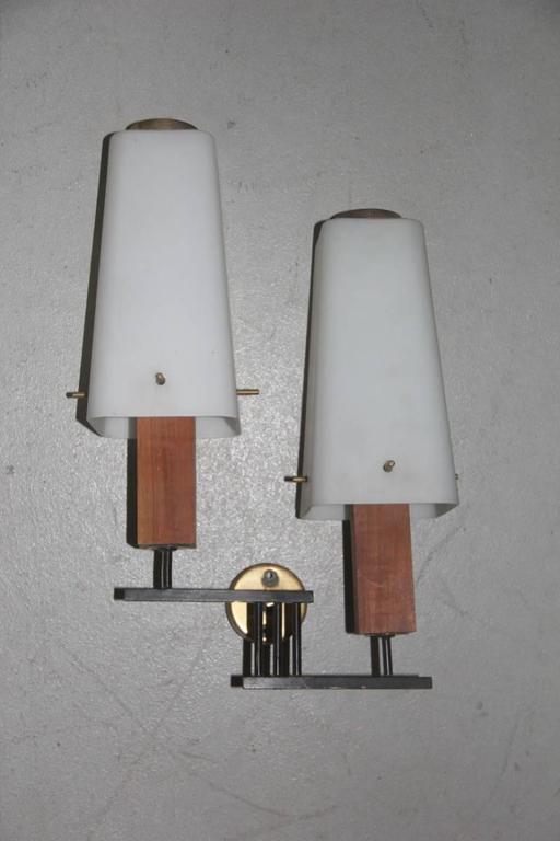 Esperia Pair of Wall Sconces Mid-Century Italian Design For Sale 2