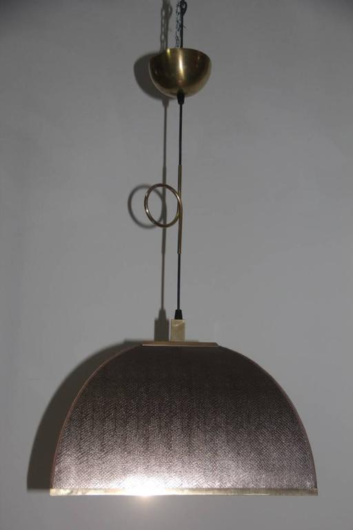 Cascading Chandelier with Fake Lizard and Brass Dome Italian design 1970 For Sale 2