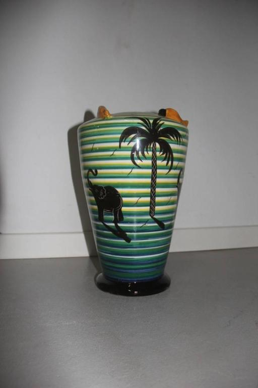 Vase Art deco' 1930 Corradini Futuristic design, with decorations of palm trees and elephants colored circles, very particular vessel, classy.