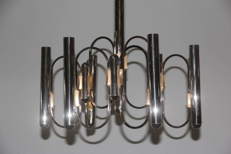 Sciolari sculptural chandelier Italian design, 1970s, made of chromed metal and brushed brass parts.