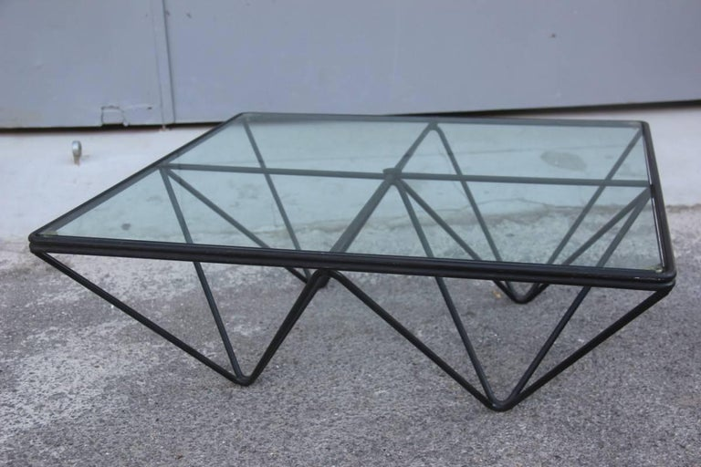 Italian Paolo Piva for B&B Italia 1980 Modern and Fashionable Coffee or Sculptural Table For Sale