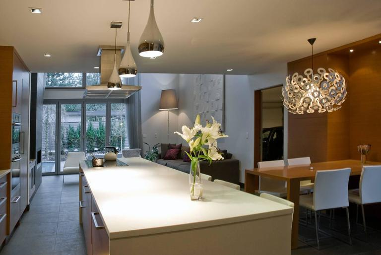 Dutch Moooi Dandelion Suspension Lamp in White Powder Coated Metal For Sale