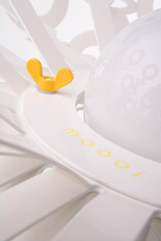 Moooi Dandelion Suspension Lamp in White Powder Coated Metal In New Condition For Sale In Rhinebeck, NY