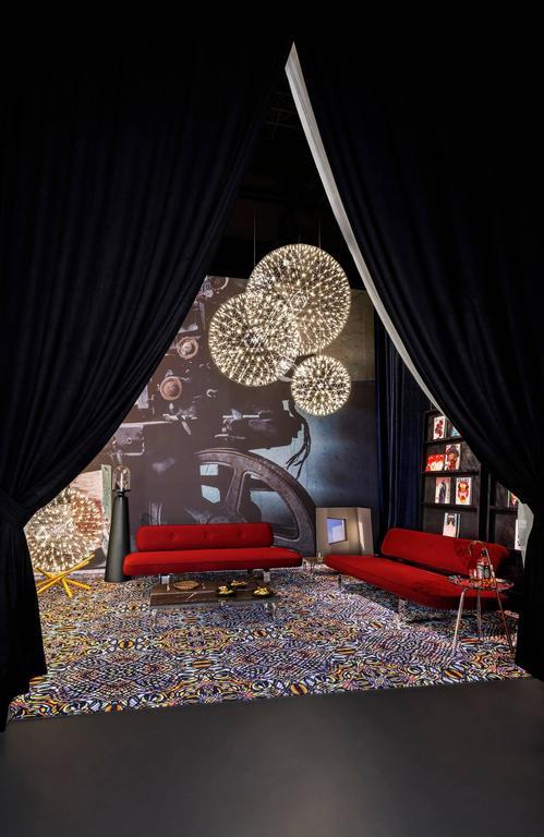 Moooi Raimond Tensegrity LED Floor Lamp by Raimond Puts 9