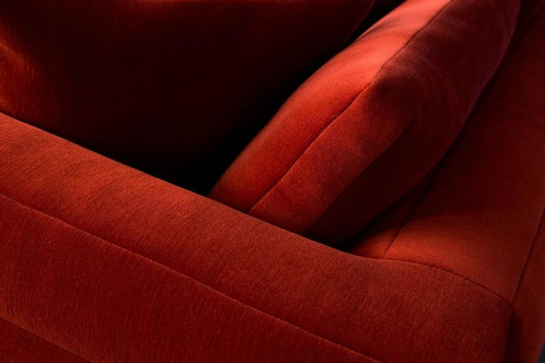 Dutch Moooi Boutique Botero Sofa in Red Velvet For Sale