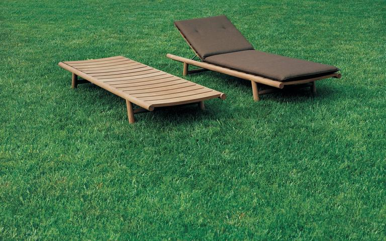 Italian Roda Orson Adjustable Sunlounger for Outdoor Use in Teak with Optional Cushion For Sale