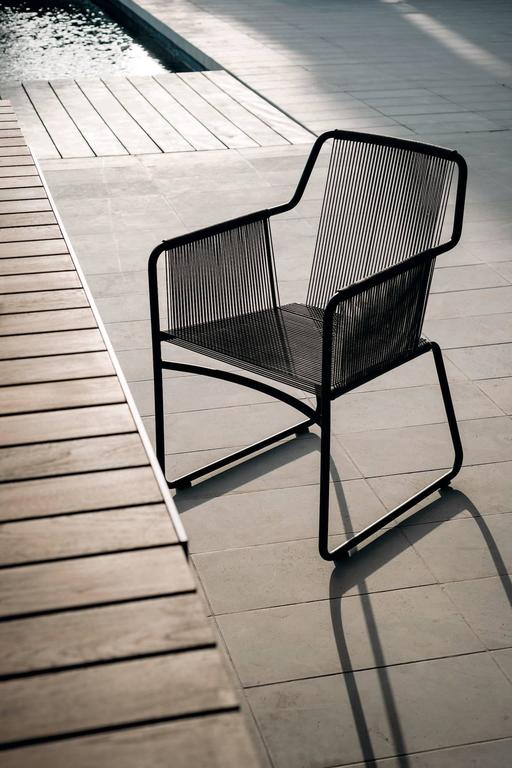 Stainless Steel Roda Harp Dining Chair with Arms for Outdoor/Indoor Use in 5 Color Combinations For Sale