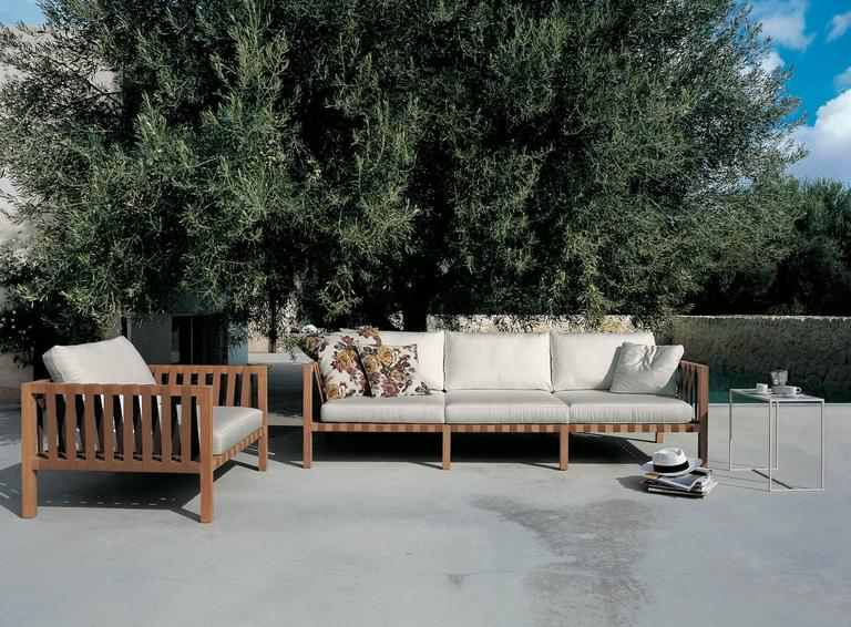 Modern Roda Mistral 103 Three-Seat Sofa in Teak for Outdoor/Indoor Use For Sale