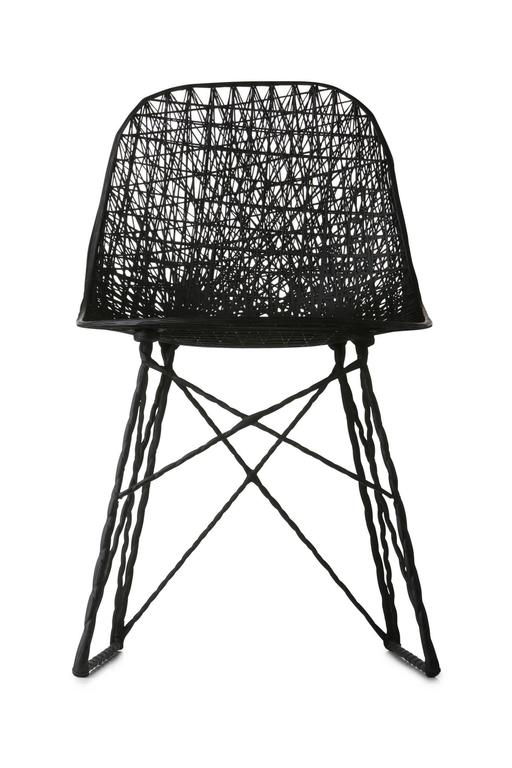 Moooi Carbon Fiber Dining Chair In Excellent Condition For Sale In Rhinebeck, NY