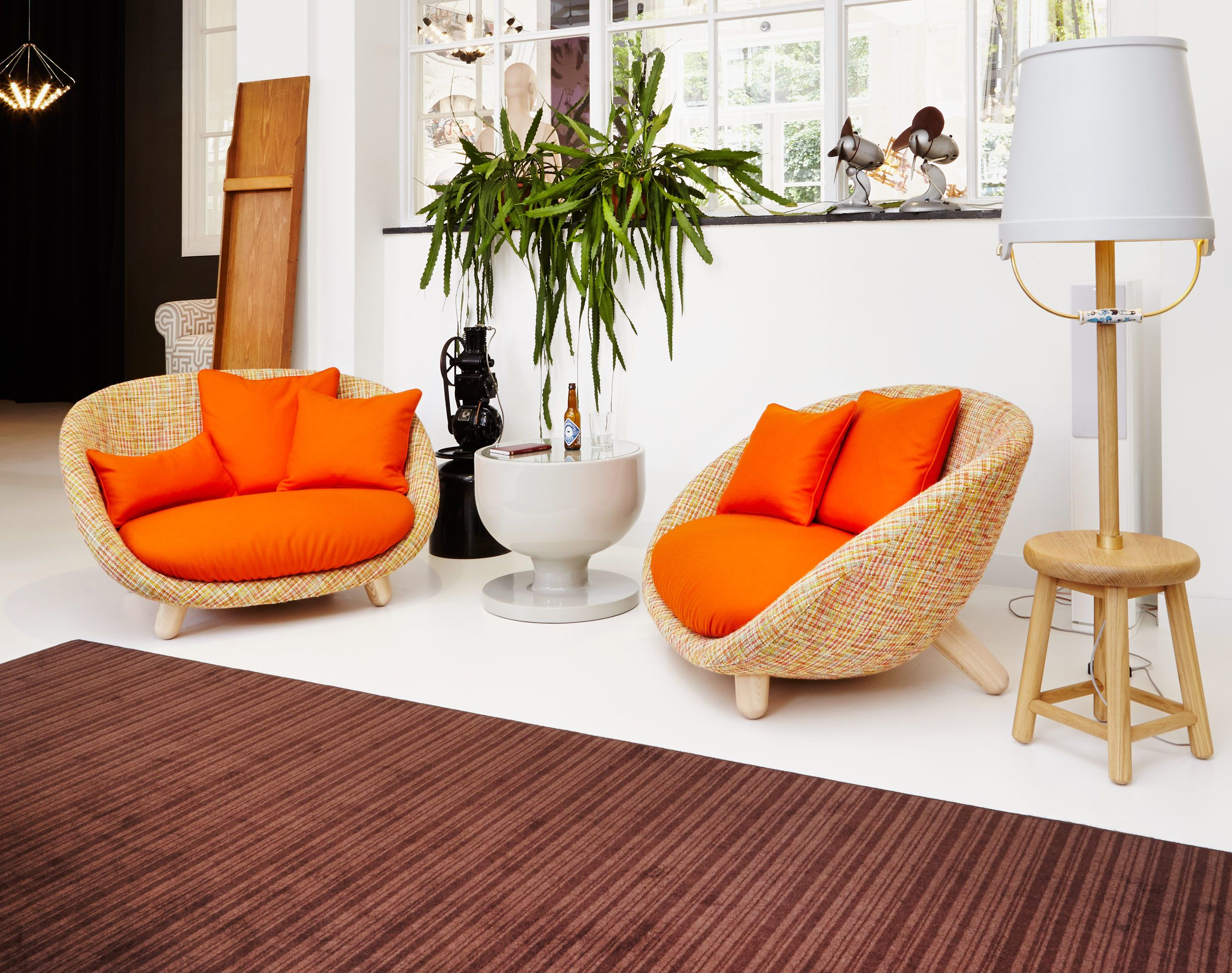 Charmant Moooi Love Sofa In High Or Low Back For Sale At 1stdibs