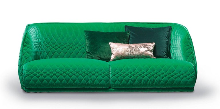 Fabric Moroso Redondo Two-Seat Sofa in Tufted Upholstery by Patricia Urquiola For Sale