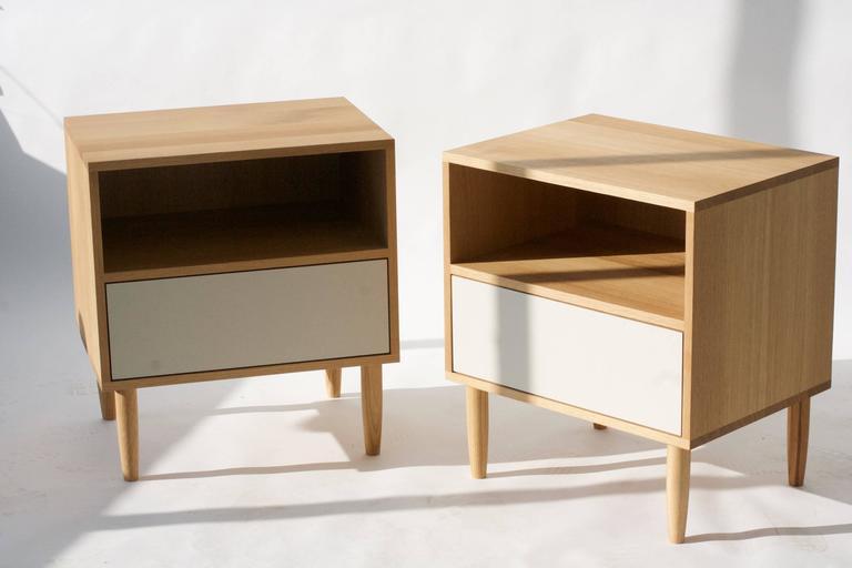 mid century modern white oak nightstand for sale at 1stdibs. Black Bedroom Furniture Sets. Home Design Ideas