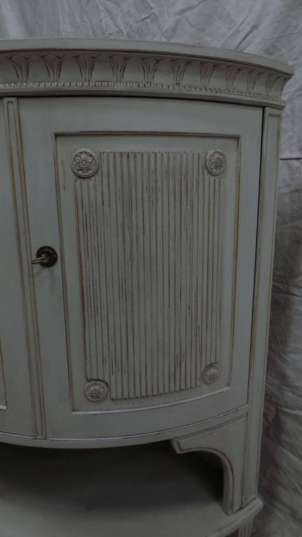 Swedish Gustavian Corner Cabinet For Sale 1