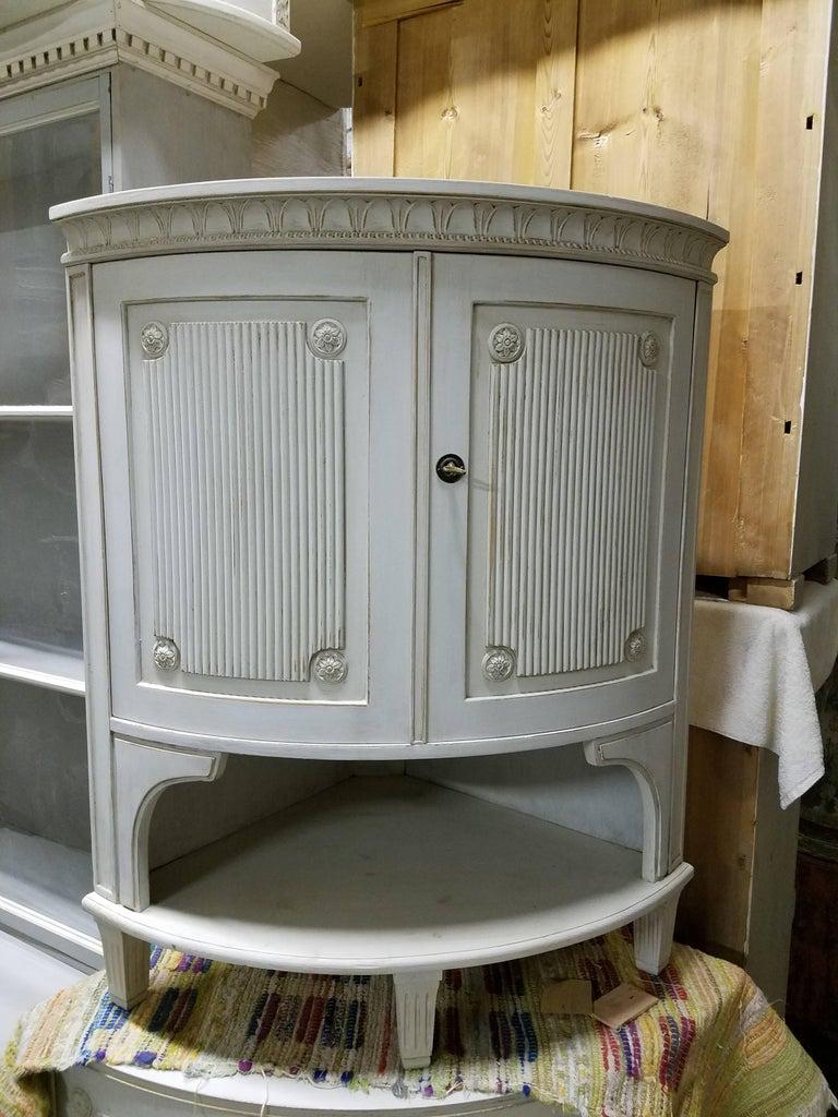 Swedish Gustavian Corner Cabinet For Sale 2