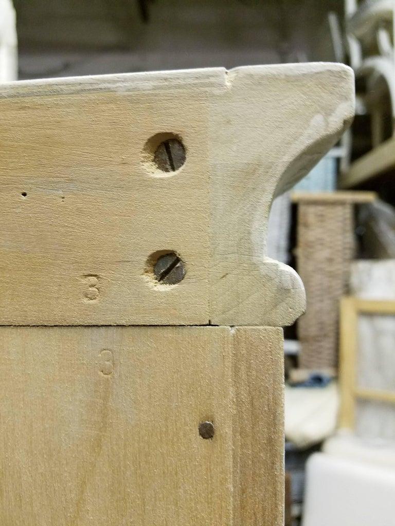 Swedish Gustavian Corner Cabinet For Sale 3