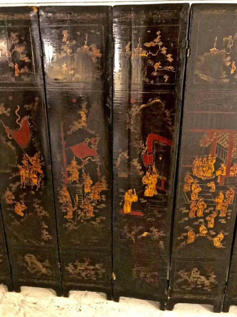Gold Leaf 18th Century Chinese Lacquer Screen, Ten Panels For Sale