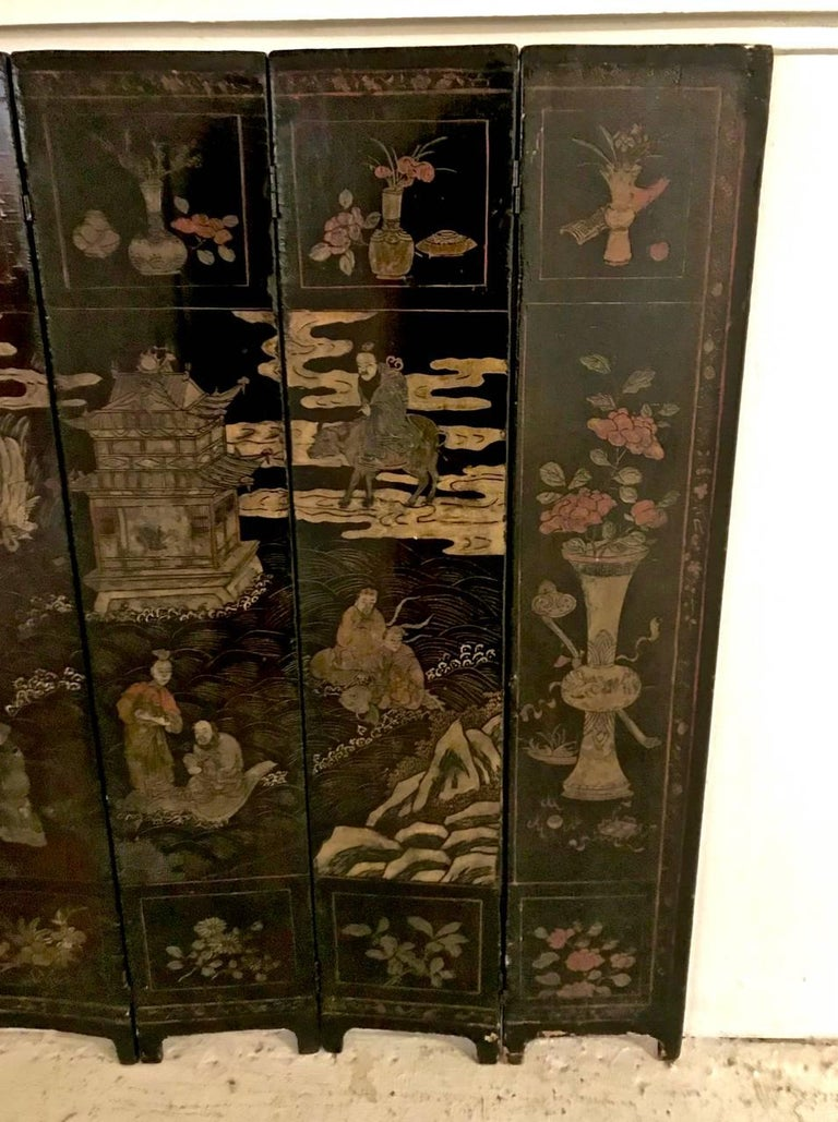 18th Century Chinese Lacquer Screen, Ten Panels For Sale 2