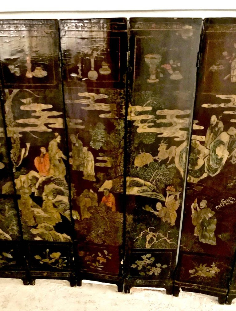 18th Century Chinese Lacquer Screen, Ten Panels For Sale 4