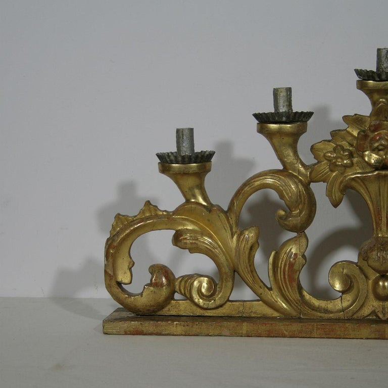 Late 18th Century Italian Carved Giltwood Baroque Candleholder For Sale 2