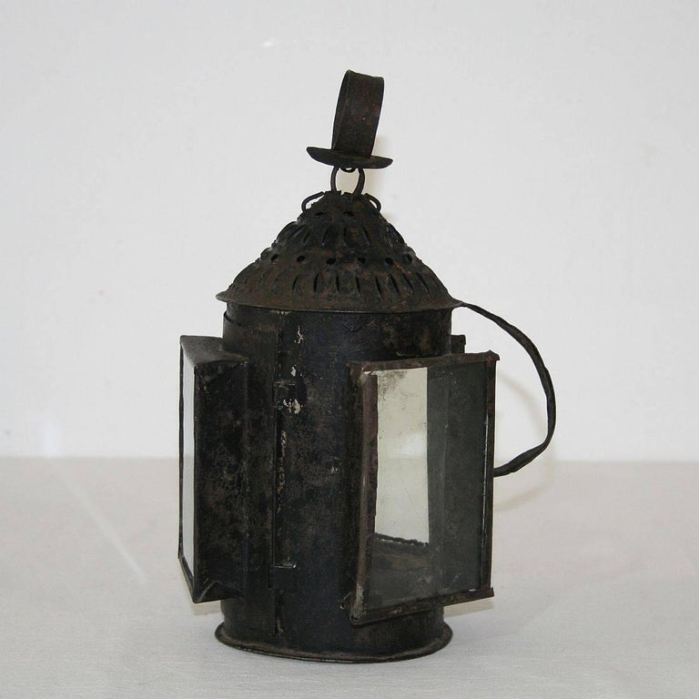 French 18th Century Metal Lantern For Sale 1