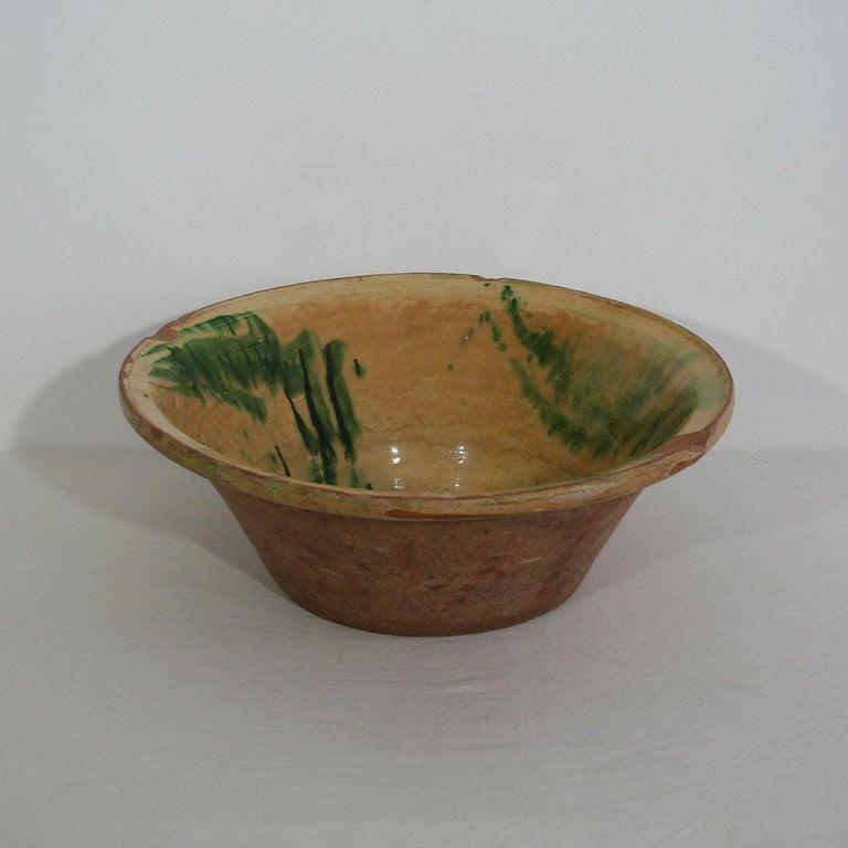 19th Century Spanish Glazed Terracotta Bowl For Sale 1