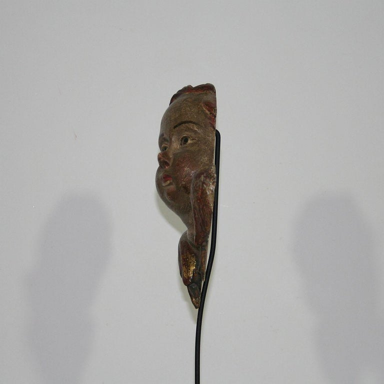 Italian 18th Century Baroque Carved Wooden Angel Head For Sale 2