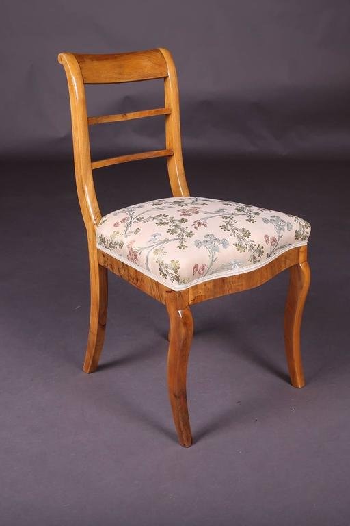 German Early 19th Century Three Biedermeier Curved Legs Set of Chairs For Sale