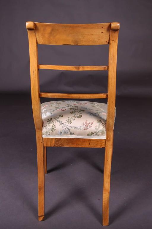 Wood Early 19th Century Three Biedermeier Curved Legs Set of Chairs For Sale