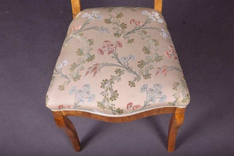 Early 19th Century Three Biedermeier Curved Legs Set of Chairs For Sale 2