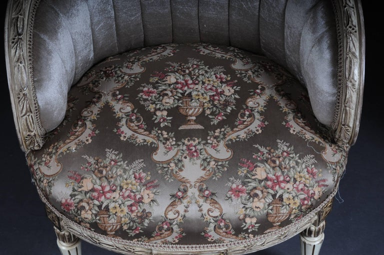Unique French Seating, Set in Louis XVI For Sale 4