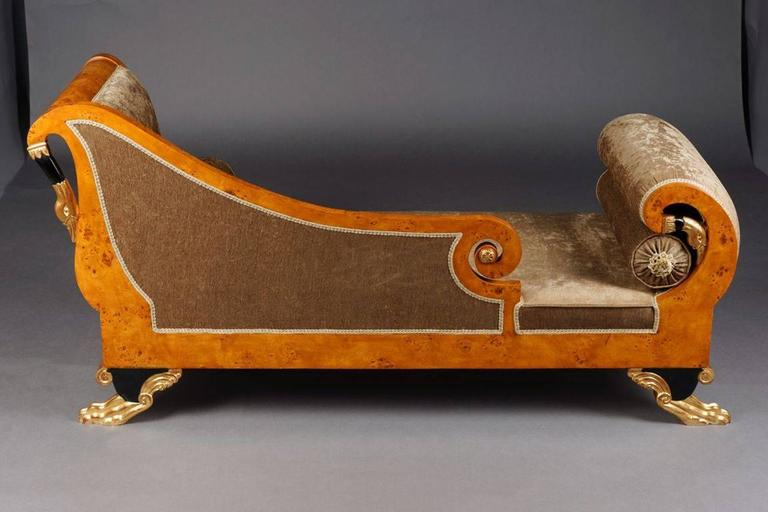 20th Century Classizim Style Empire Swan Chaise Longue In Good Condition For Sale In Berlin, DE