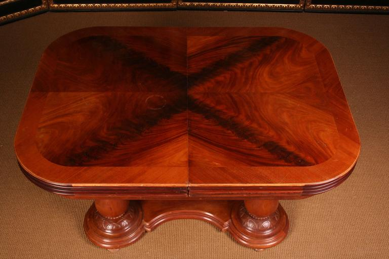19th Century Biedermeier Extending Table In Good Condition For Sale In Berlin, DE