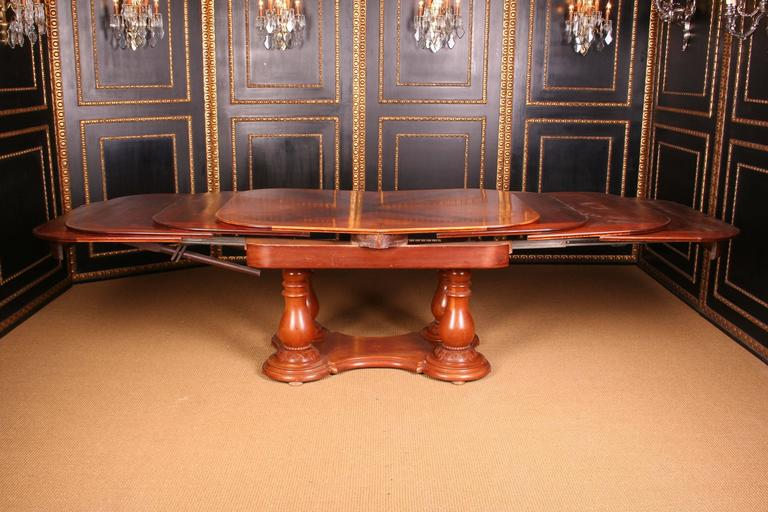 Wood 19th Century Biedermeier Extending Table For Sale