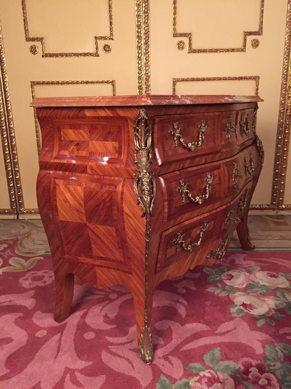 20th century italian baroque style commode rosewood for. Black Bedroom Furniture Sets. Home Design Ideas