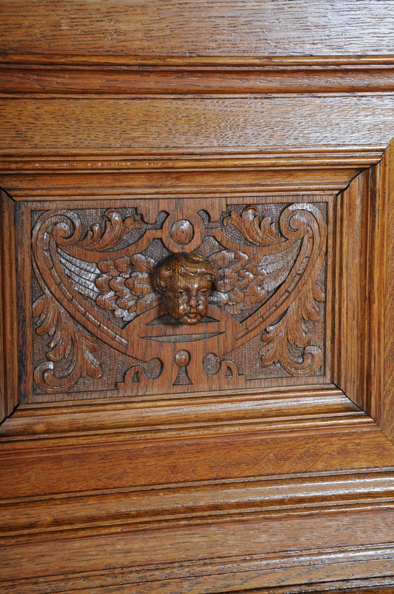 19th Century Neo Renaissance Console Buffet, Solid Oak For Sale 2