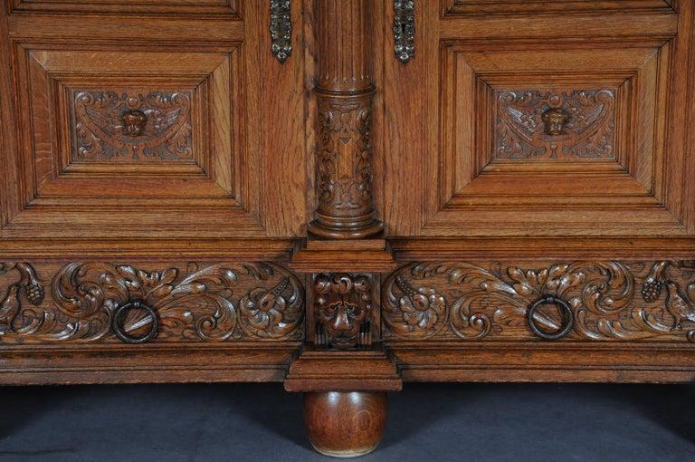 German 19th Century Neo Renaissance Console Buffet, Solid Oak For Sale