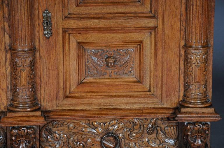 19th Century Neo Renaissance Console Buffet, Solid Oak In Good Condition For Sale In Berlin, DE