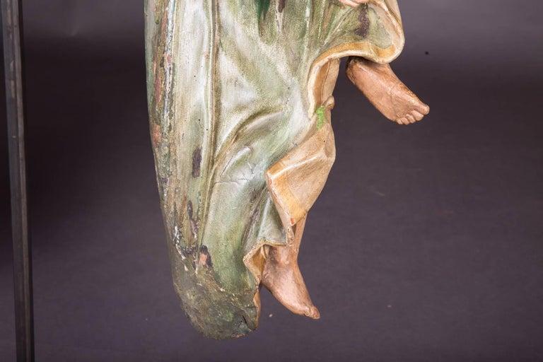 18th Century Baroque Oak Pair of Couple Baroque Figures For Sale 4
