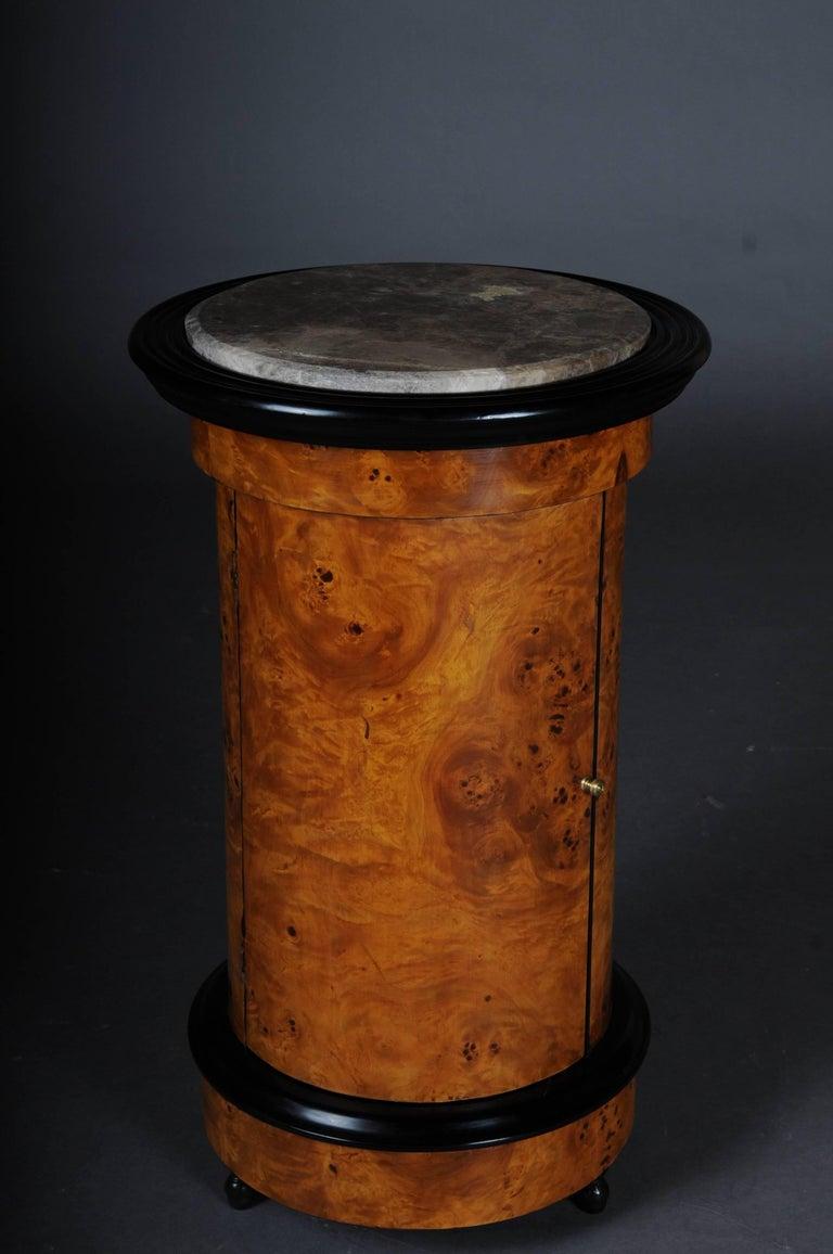Tonneau, Bar Cabinet, Side Table in Biedermeier, Maple Root In Good Condition For Sale In Berlin, DE